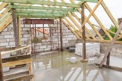 Dach niedokończony dom w wsi Zdjęcia Royalty Free