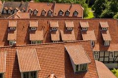 Dach-Oberteile in Quedlinburg Deutschland, Makro lizenzfreies stockbild