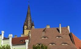 Dach Piata łyszczyk w Sibiu, Transylvania, Rumunia obrazy stock