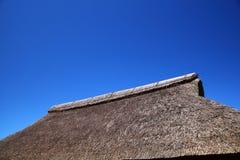 dach pokrywać strzechą Obrazy Royalty Free