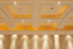 Dach pomarańczowy światło w ściennej lampie, Zdjęcia Royalty Free