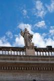 Dach-Skulptur Lizenzfreie Stockfotos