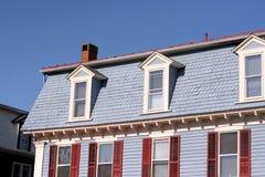 Dach und Giebel Stockfoto