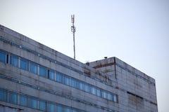 Dach und oberste Stockwerke der Anlage, Blitzableiter Lizenzfreie Stockbilder