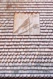 Dach z drewnianymi płytkami Zdjęcie Royalty Free
