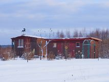 Dacha de madera de la casa del país ruso Fotografía de archivo