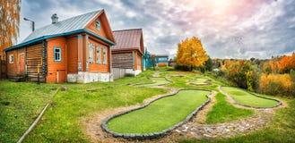 Dachas do clube de golfe em Plyos Fotos de Stock Royalty Free