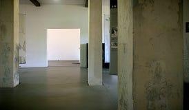Dachau, Deutschland - Konzentrationslager, Lagerinnenraum, dauerhaft Lizenzfreie Stockbilder