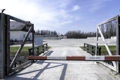 Dachau koncentrationsl?germinnesm?rke Dachau Tyskland - Immagine arkivbild
