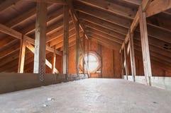 Dachbodenholzbau Stockfotos