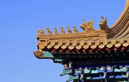 Dachgesims des chinesischen alten Gebäudes Stockfotos