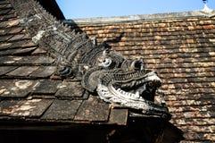 Dachkante der alten Lanna Kathedrale Lizenzfreie Stockfotografie