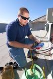 Dachowa Wierzchołka Powietrza Conditioner Naprawa Fotografia Royalty Free