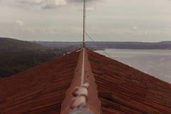 Dachowa życie linia z jeziornym widokiem Zdjęcia Stock