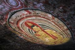 Dachowy obraz w Dambulla jamie w Sri Lanka zdjęcie royalty free