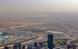 Dachowy widok na Dubaj od 154th podłogi Burj Khalifa zdjęcia stock