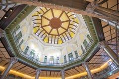 Dachowy wierzchołek from inside przy bramą Tokio stacja Fotografia Royalty Free