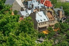 Dachowy wierzchołek w Quebec mieście Obraz Stock