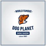 Dachshundhundekopf-Weinleseemblem Stockbild