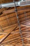 Dachsparren und Kanalisierung stockbilder