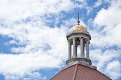Dachspitze der Kathedrale lizenzfreies stockfoto