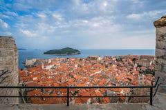Dachspitzen alter Stadt Dubrovniks stockbilder