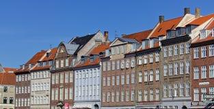 Dachspitzen auf Nybrogade stockbilder