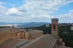 Dachspitzen der alten Stadt von Volterra von oben Lizenzfreies Stockfoto