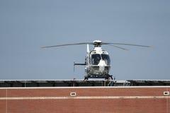 Dachspitzen-Hubschrauber-Landeplatz Stockfotografie