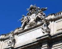 Dachspitzen-Skulpturen Stockbild