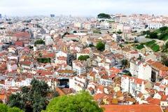 Dachspitzen von Lissabon stockfotografie