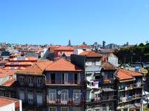 Dachspitzen von Porto Stockfotografie