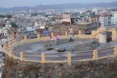 Dachspitzen von Udaipur, Rajasthan, Indien stockbilder