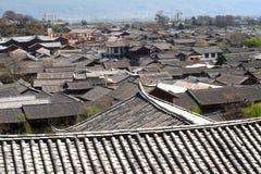 Dachy antyczny dziejowy Lijiang Dayan stary miasteczko. Obrazy Stock