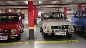 Dacia 1300 coches almacen de metraje de vídeo
