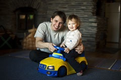 Dad and son playing Royalty Free Stock Images