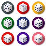 Dados blancos del casino en un fondo colorido Sistema de iconos modernos con las sombras largas Imagen de archivo libre de regalías