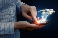 Dados comerciais do fazendo download da nuvem Imagens de Stock Royalty Free