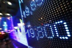 Dados do mercado de valores de ação na exposição de diodo emissor de luz Foto de Stock