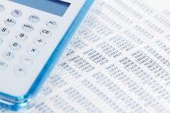 Dados do mercado de valores de acção com calculadora Foto de Stock Royalty Free