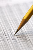 Dados financeiros que analisam - imagem conservada em estoque Fotos de Stock Royalty Free