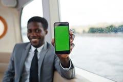 Dados no smartphone imagens de stock