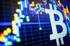 Dados que analisam no mercado de valores de ação da troca: os carvões animais da vela no dis Imagem de Stock