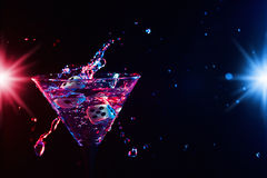 Dados y martini Imagen de archivo libre de regalías