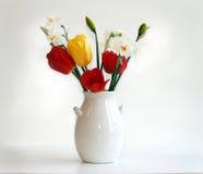 daffodils τουλίπες Στοκ Φωτογραφίες