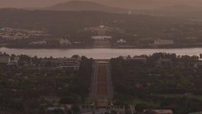 Dag aan nachttijdspanne van de hoofdstad van Australië - Canberra stock videobeelden