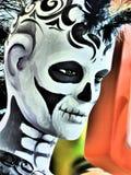 Dag av den döda punkrocket Ninot - svart & vit royaltyfri fotografi