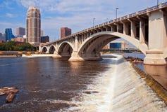Dag de van de binnenstad van Mn van Minneapolis Royalty-vrije Stock Foto