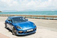 Dag för Porsche Panamera 2018 provdrev royaltyfri foto
