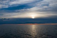 Dag på sluten för vitt hav arkivfoton